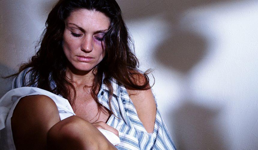 Ce simte o femeie victima a abuzului in familie